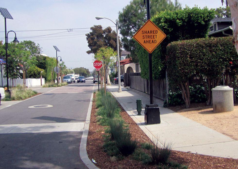 Longfellow Street, Santa Monica, CA