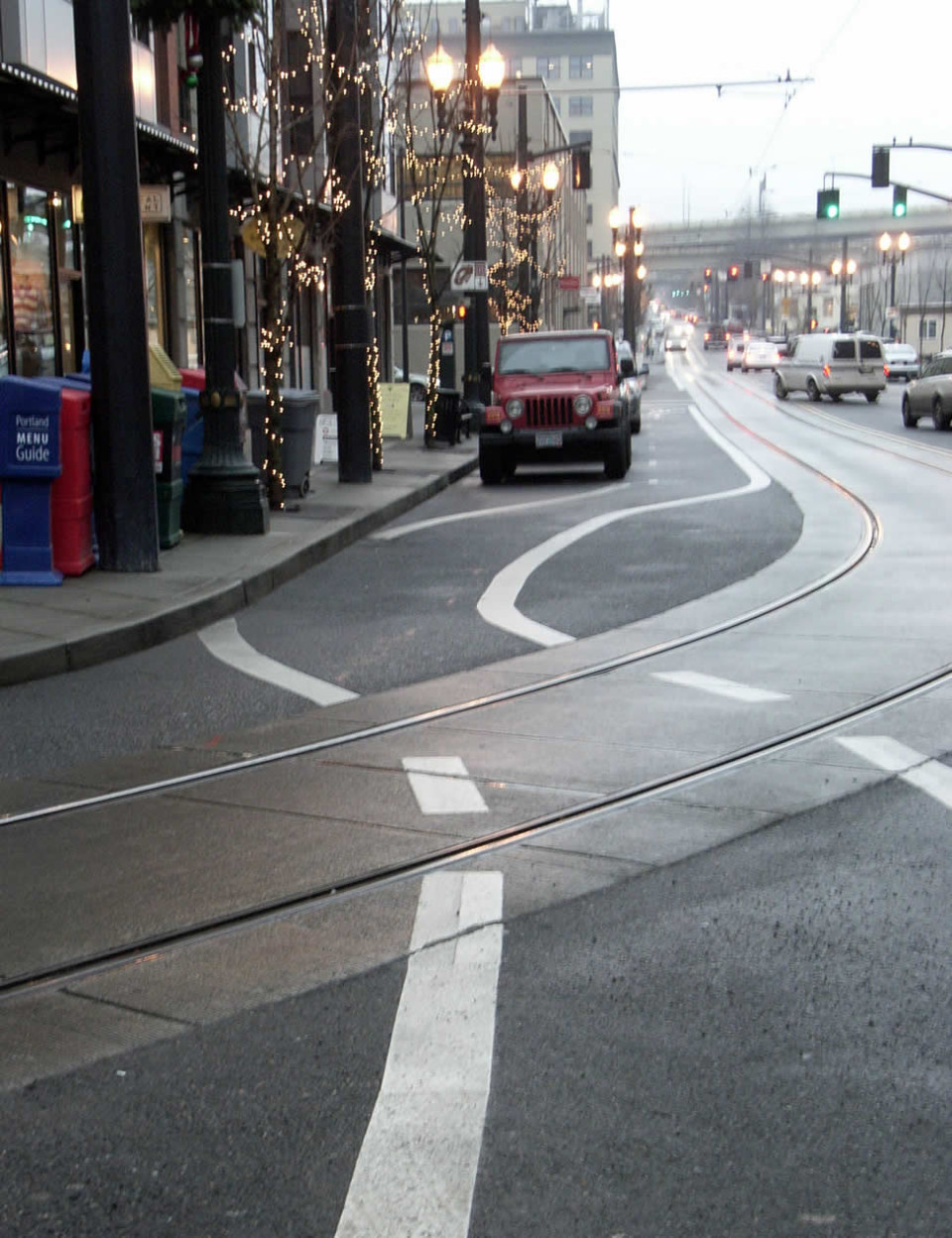 Bicycle lane shift over tracks, Portland (credit: Flickr user Payt_n)