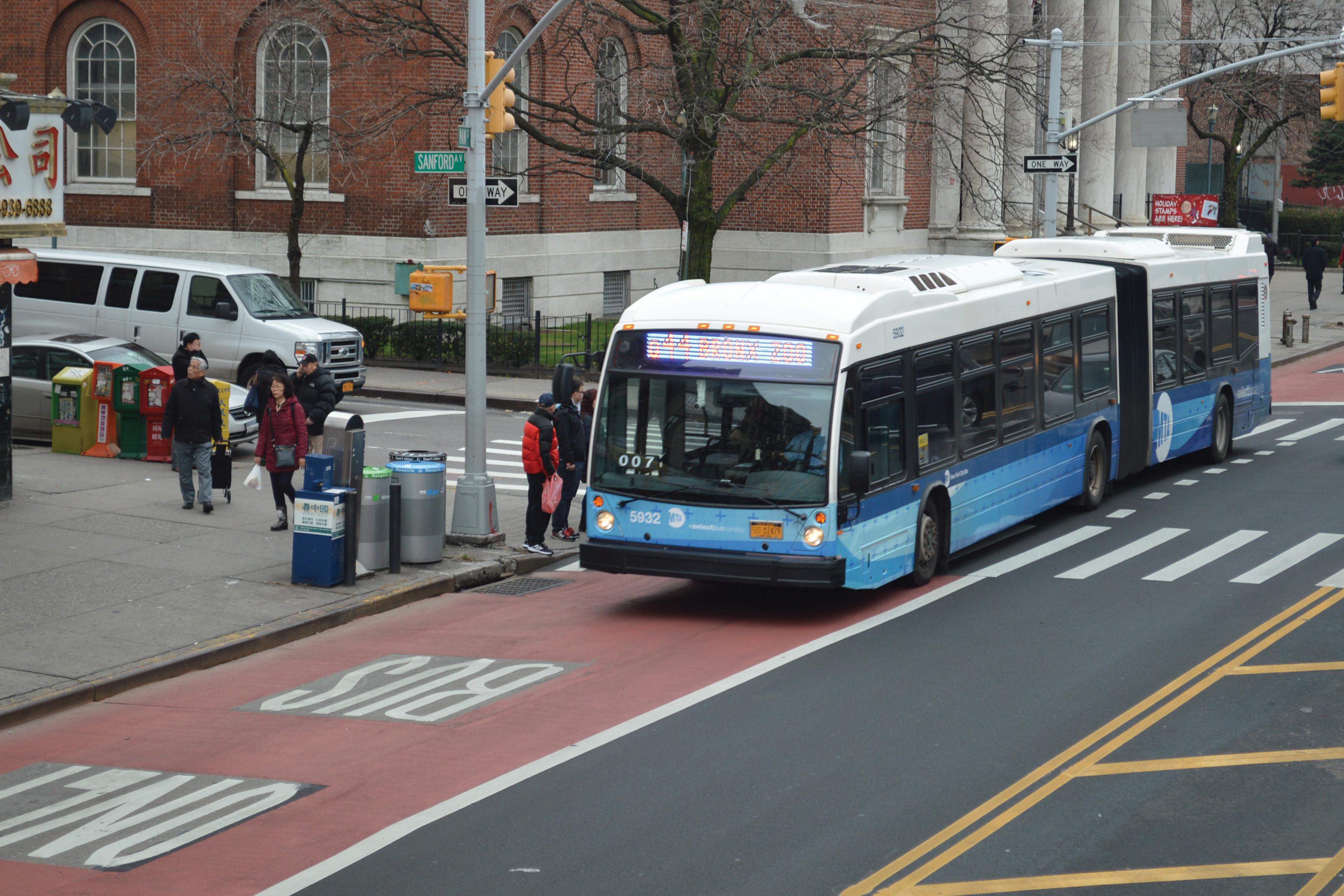 Картинки по запросу new york bus lane