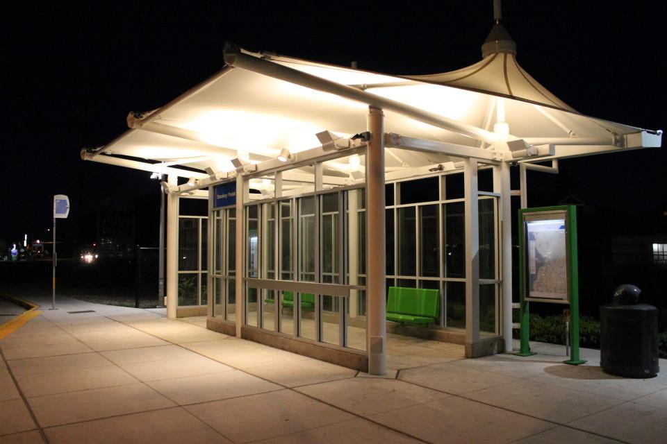 Smokey Point Transit Center, Seattle (credit: SounderBruce)