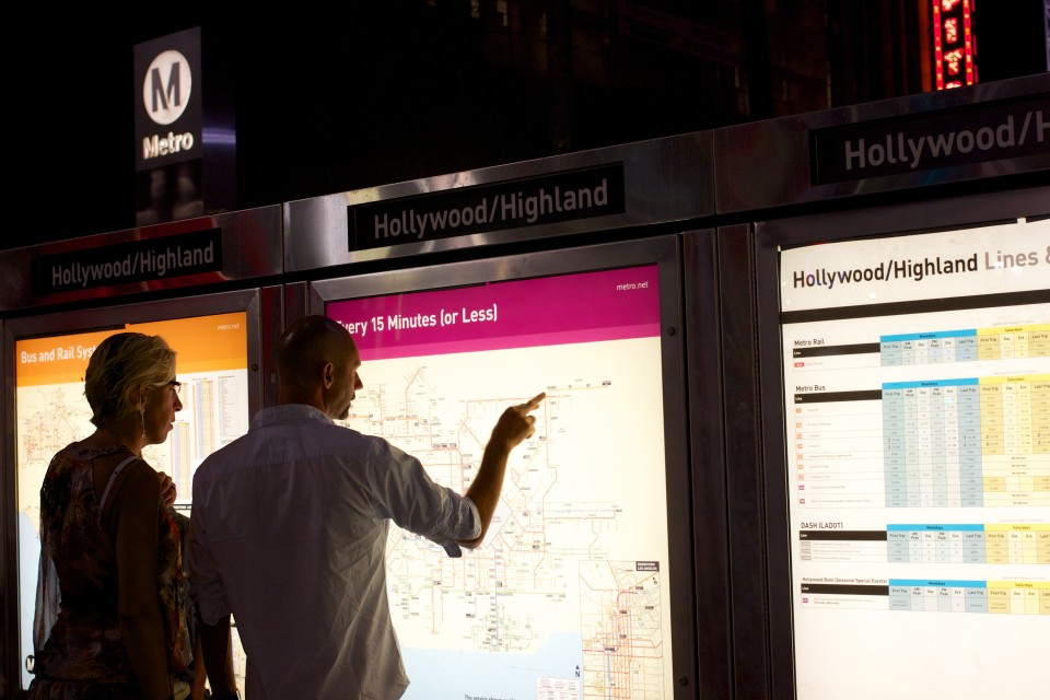 Illuminated map and information display, Los Angeles (credit: Oran Viriyincy)