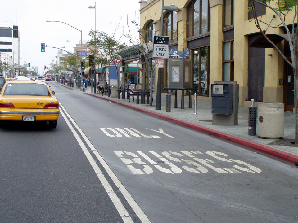 Santa Monica Blvd, Santa Monica (credit: City of Santa Monica)