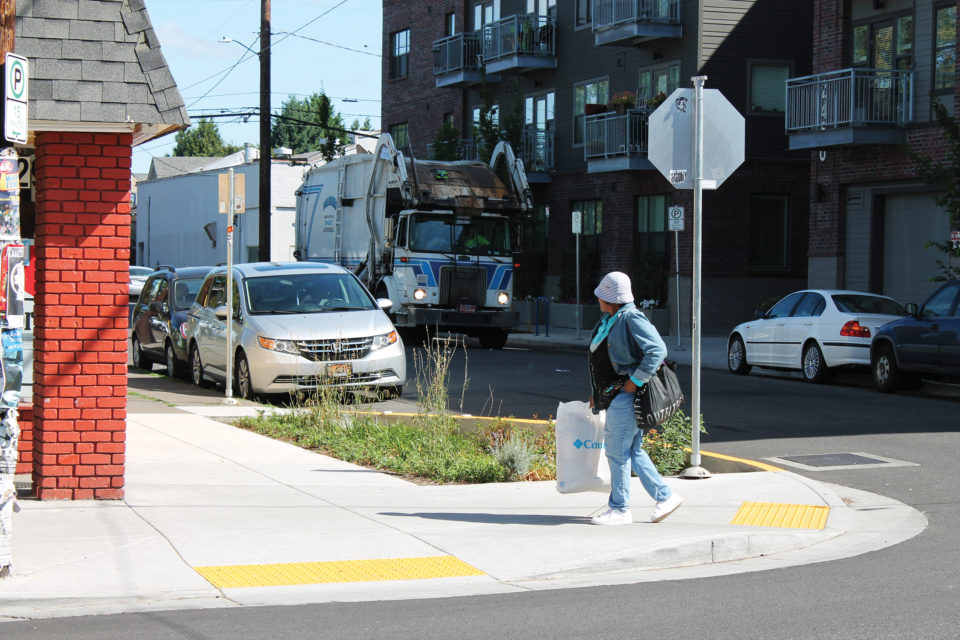 SE Division Street (credit: Portland Metro)