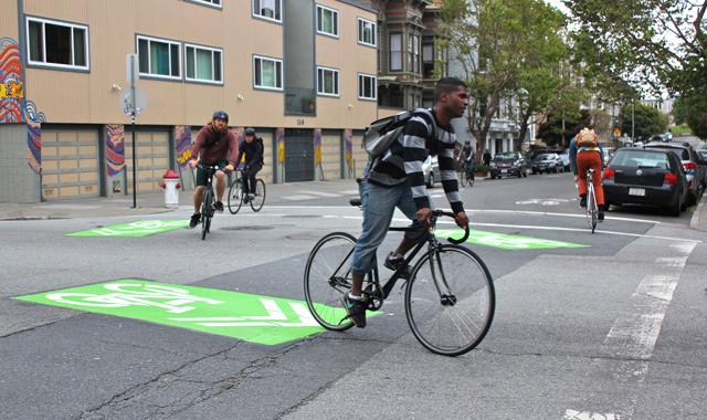 Green-Backed Shared Lane Markings - San Francisco, CACredit: sanfranciscoize.com - Mark Dreger