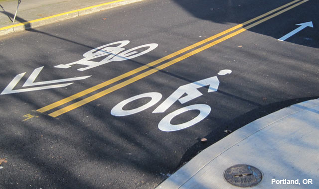 Contra-Flow Bike Lane - Portland, OR