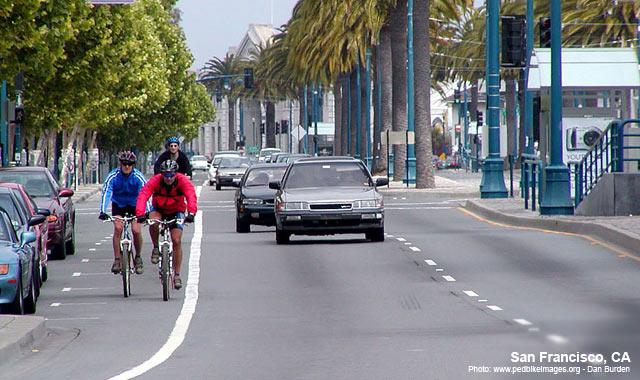 Bike Lane - San Francisco, CAPhoto: www.pedbikeimages.org - Dan Burden