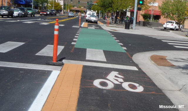 Cycle Track Intersection Approach - Missoula, MT