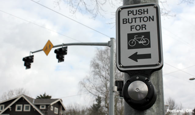 Hybrid Beacon Pushbutton  - Portland, OR