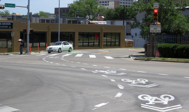 Intersection Crossing markings with Shared Lane Markings - Austin, TXPhoto: Austin Transportation Department