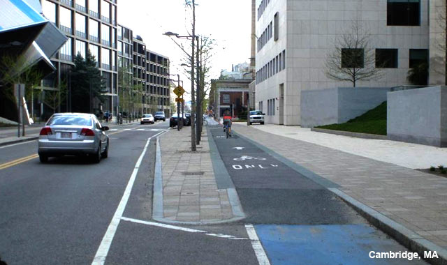 Raised Cycle Track - Cambridge, MA