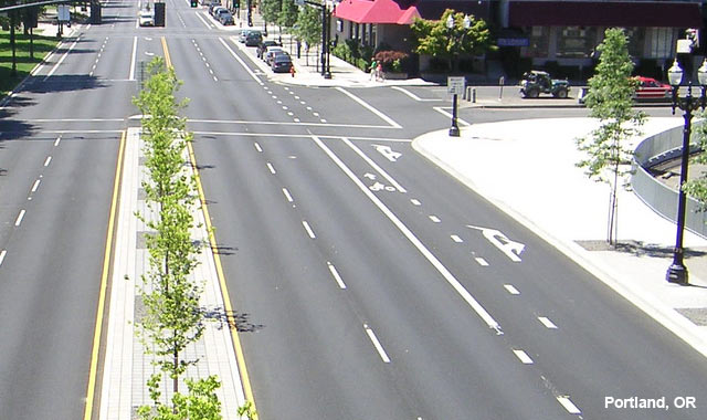 Through Bike Lane - Portland, OR