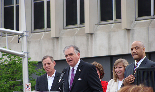 USDOT Secretary Ray LaHood lauds the Indianapolis Cultural Trail  at the May 10 official ribbon-cutting.