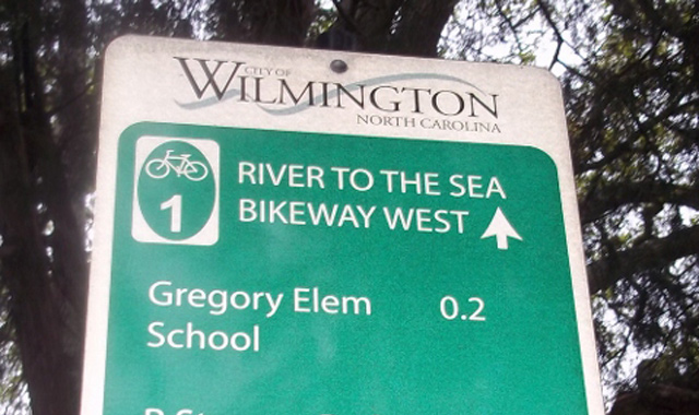 Decision Sign - Wilmington, NCThe Ann St. Bicycle Boulevard features wayfinding signage with information about bicycle routes and distances to destinations. Photo:Nate Evans